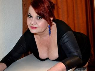 lucilleforyou sex chat room