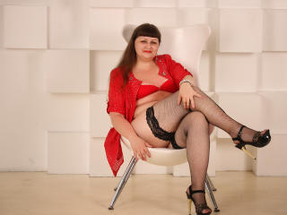 Photo de profil sexy du modèle MaryHotMILF, pour un live show webcam très hot !
